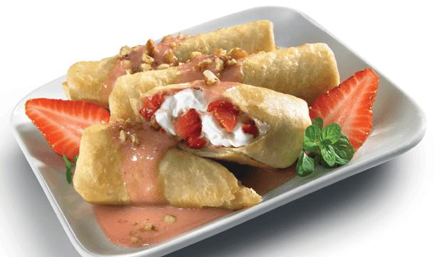 Chimichangas con salsa de fresa colada