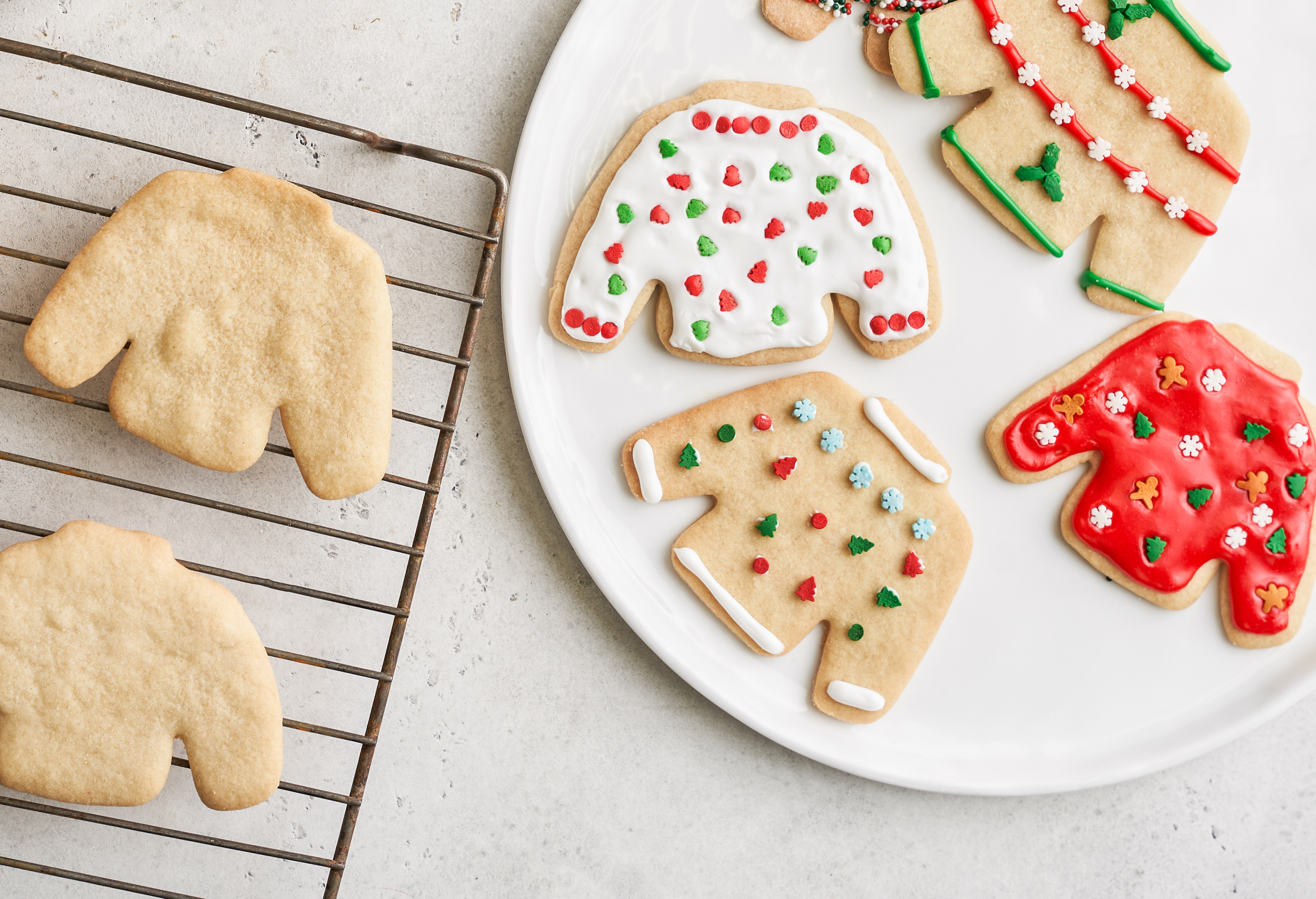 Holiday Sweater Cookies