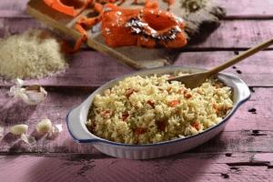 Arroz con ajo y pimiento rojo