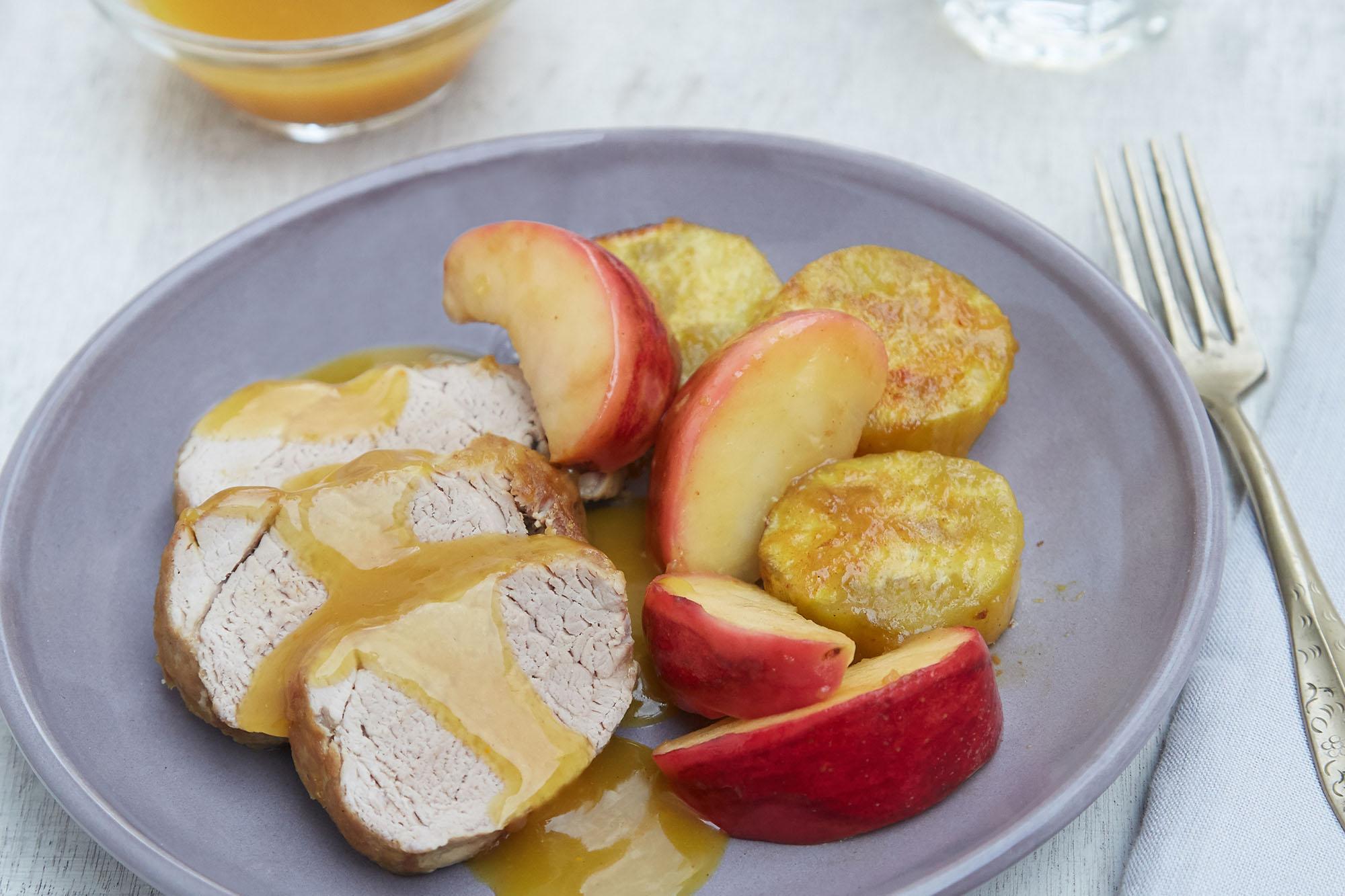 Solomillo con manzanas y batatas