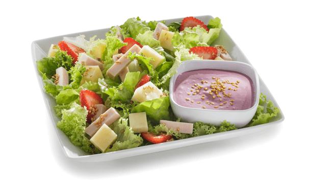 Ensalada con aderezo de frutos rojos y chipotle