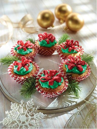 Corona navideña de cup cakes