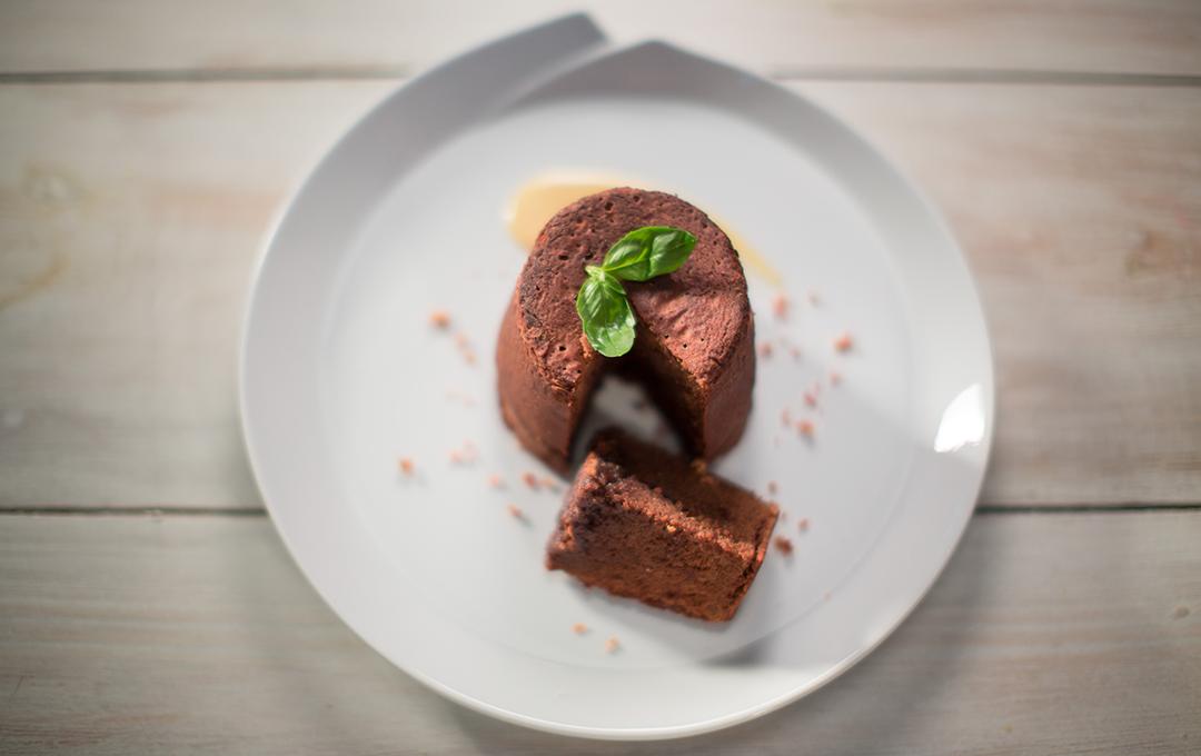 Pastelillos de Chocolate, Tocineta y Crema