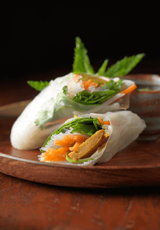 Fresh Summer Rolls with Curry Seitan