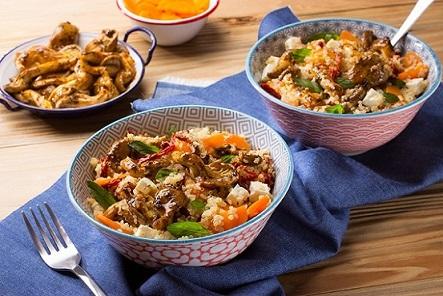 Bowl de quinoa con setas y jitomate deshidratado