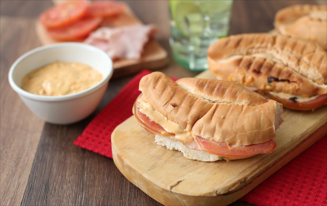 Sandwich Cremoso de Jamón