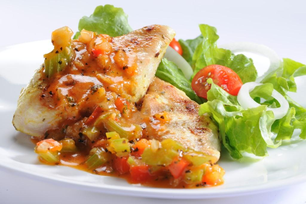 Pollo en salsa casera