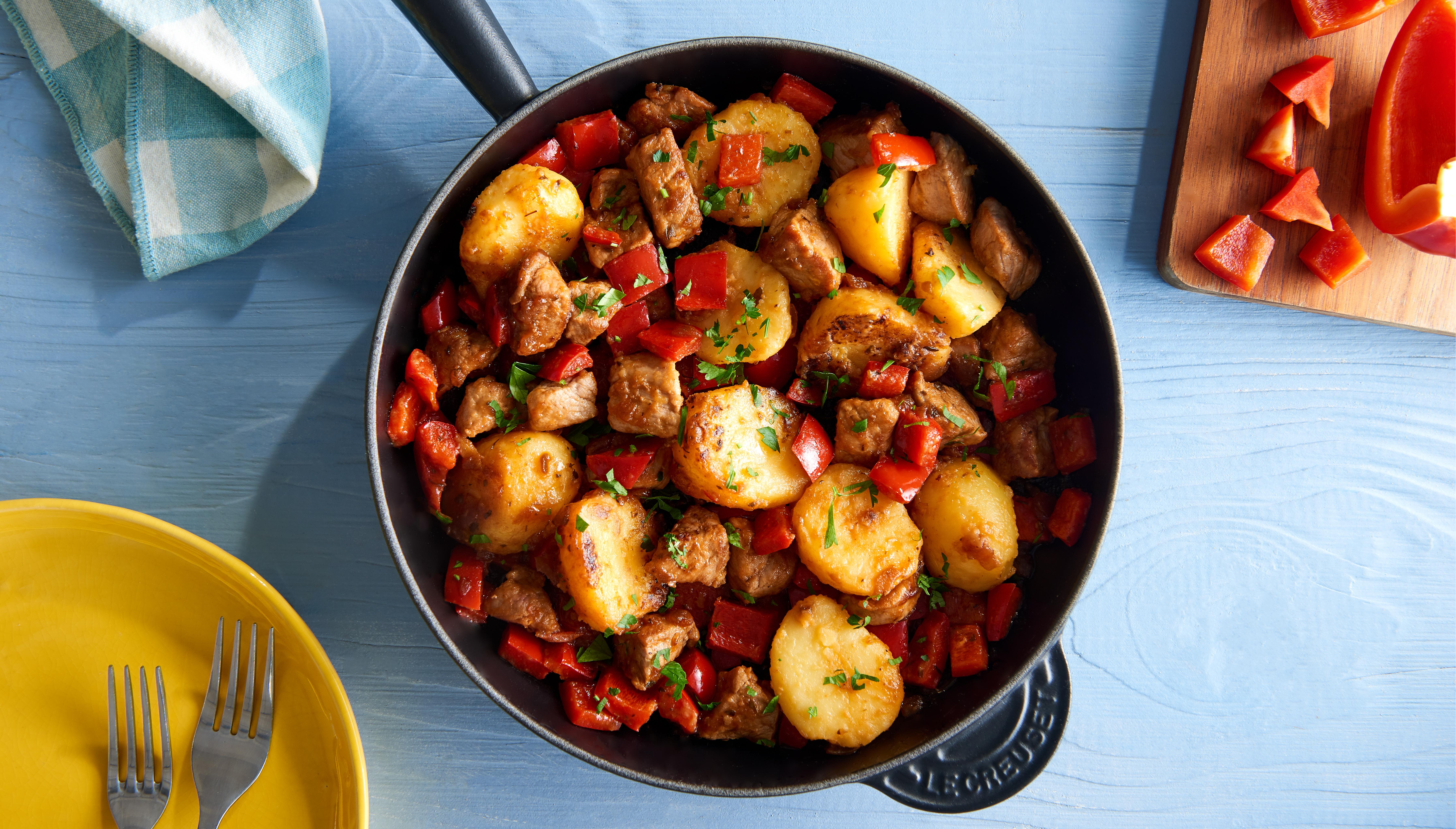 Schnelle Kartoffelpfanne mit Schweinefleisch