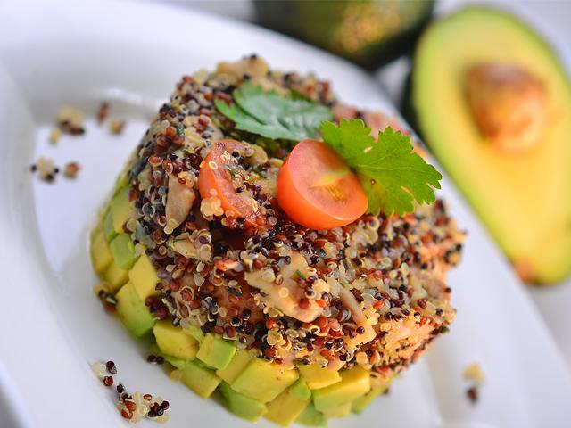 Timbal de Quinoa con Pollo