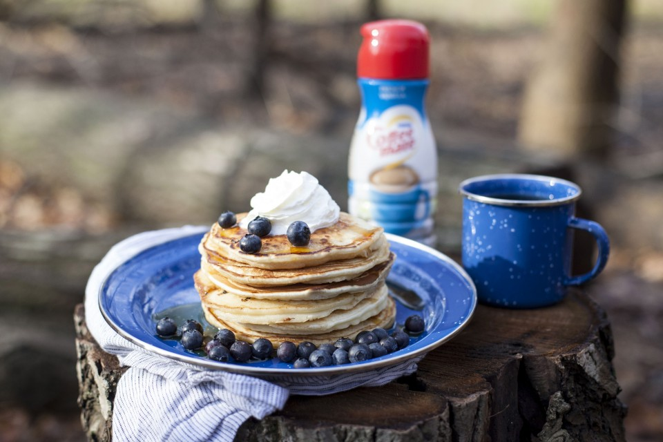 COFFEE-MATE Camping Pancakes