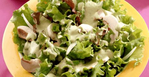 Ensalada verde con aderezo light
