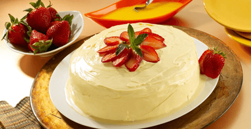Pastel tres leches con rompope
