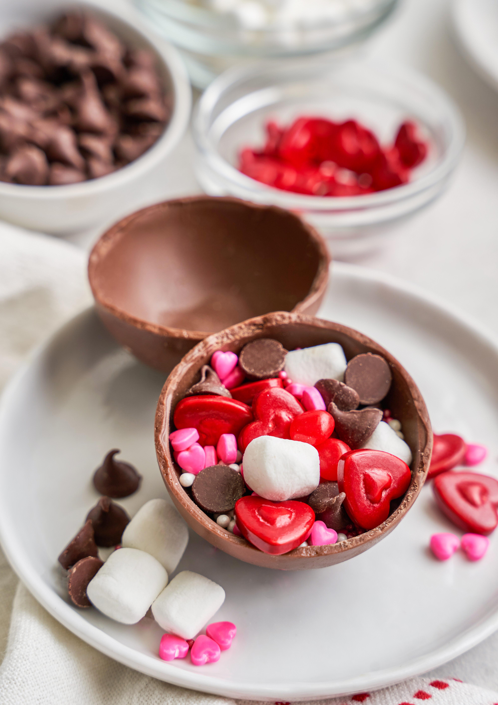 Hot Cocoa Bombs Valentine