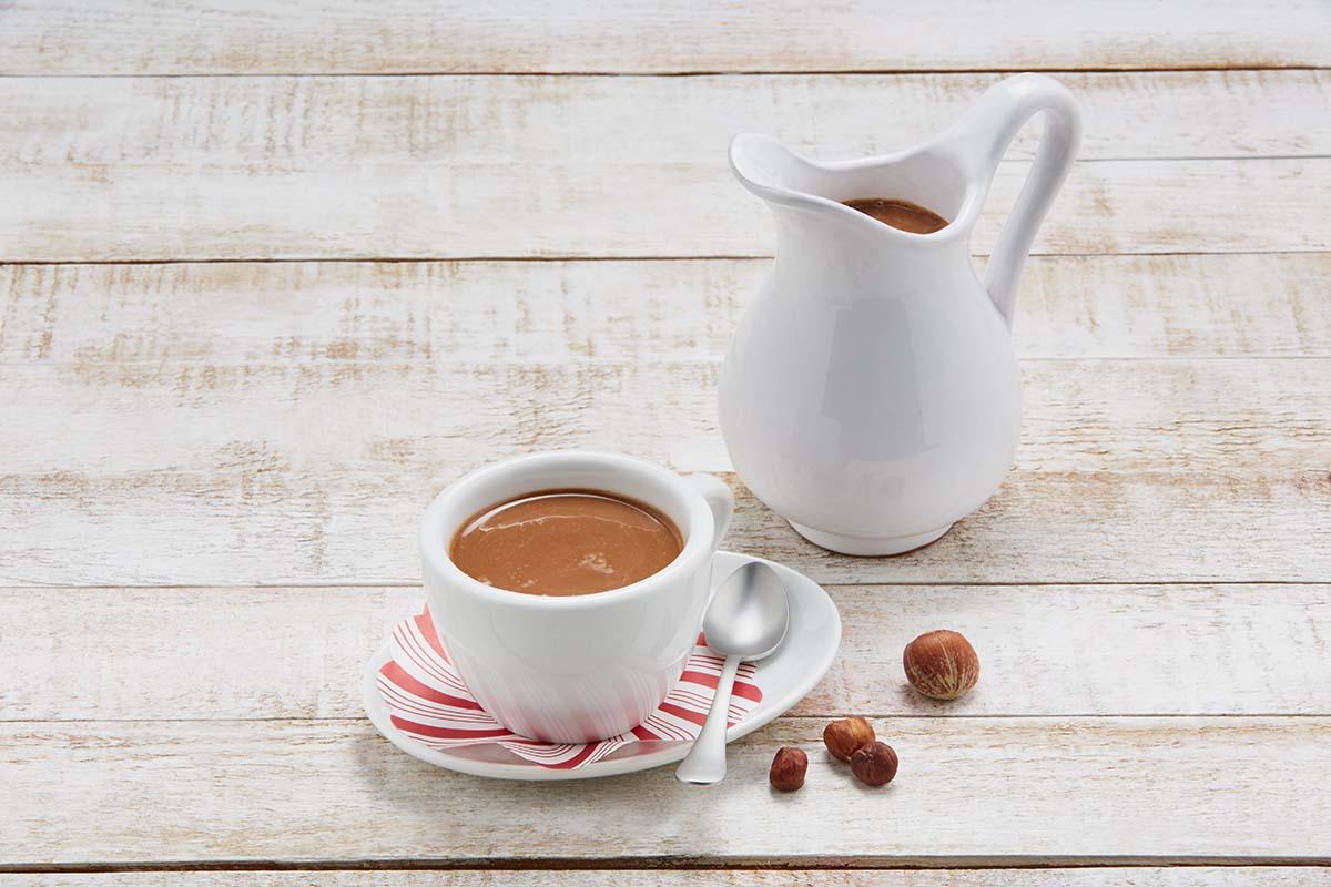 Atole de crema de avellanas con cacao