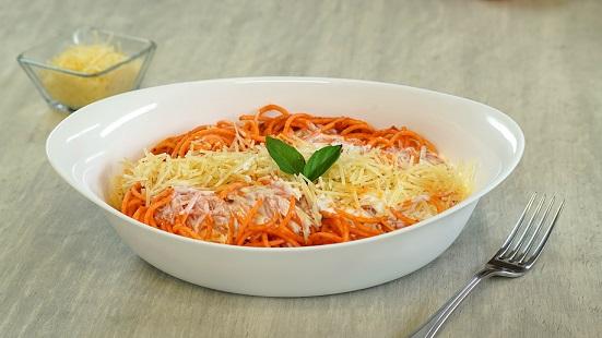 Espagueti en salsa roja