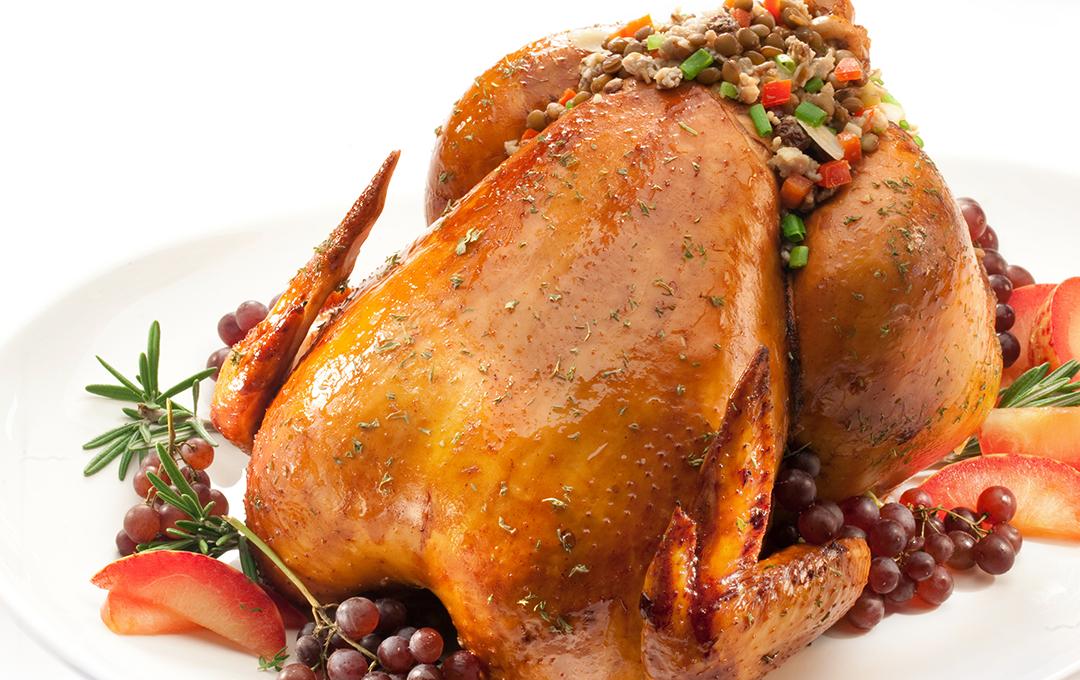 Pollo Relleno de Lentejas y Almendras