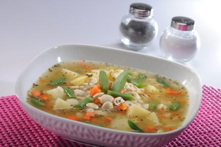 Sopa de arroz y chochos