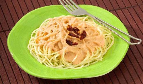 Pasta en salsa de pimiento