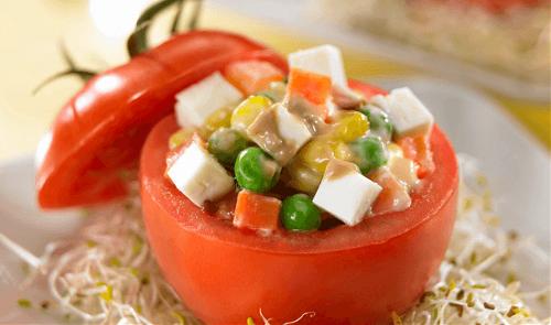 Jitomates rellenos de verdura