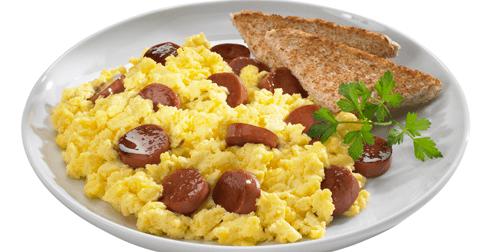 Huevo revuelto con salchicha