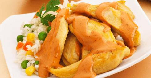 Fajitas de pollo en salsa de 3 chiles