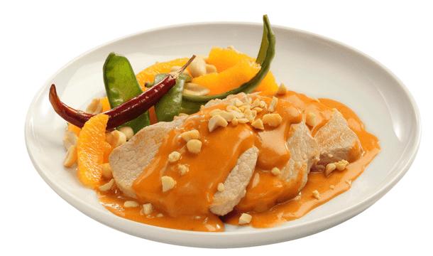 Lomo de cerdo en salsa de cacahuate
