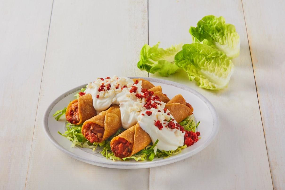 Golden bean tacos with chorizo