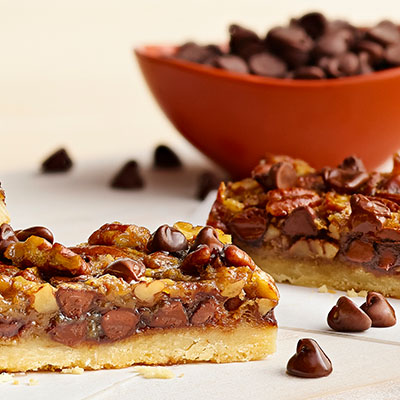 Chunky Pecan Pie Bars