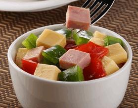Ensalada de pimientos y jamón