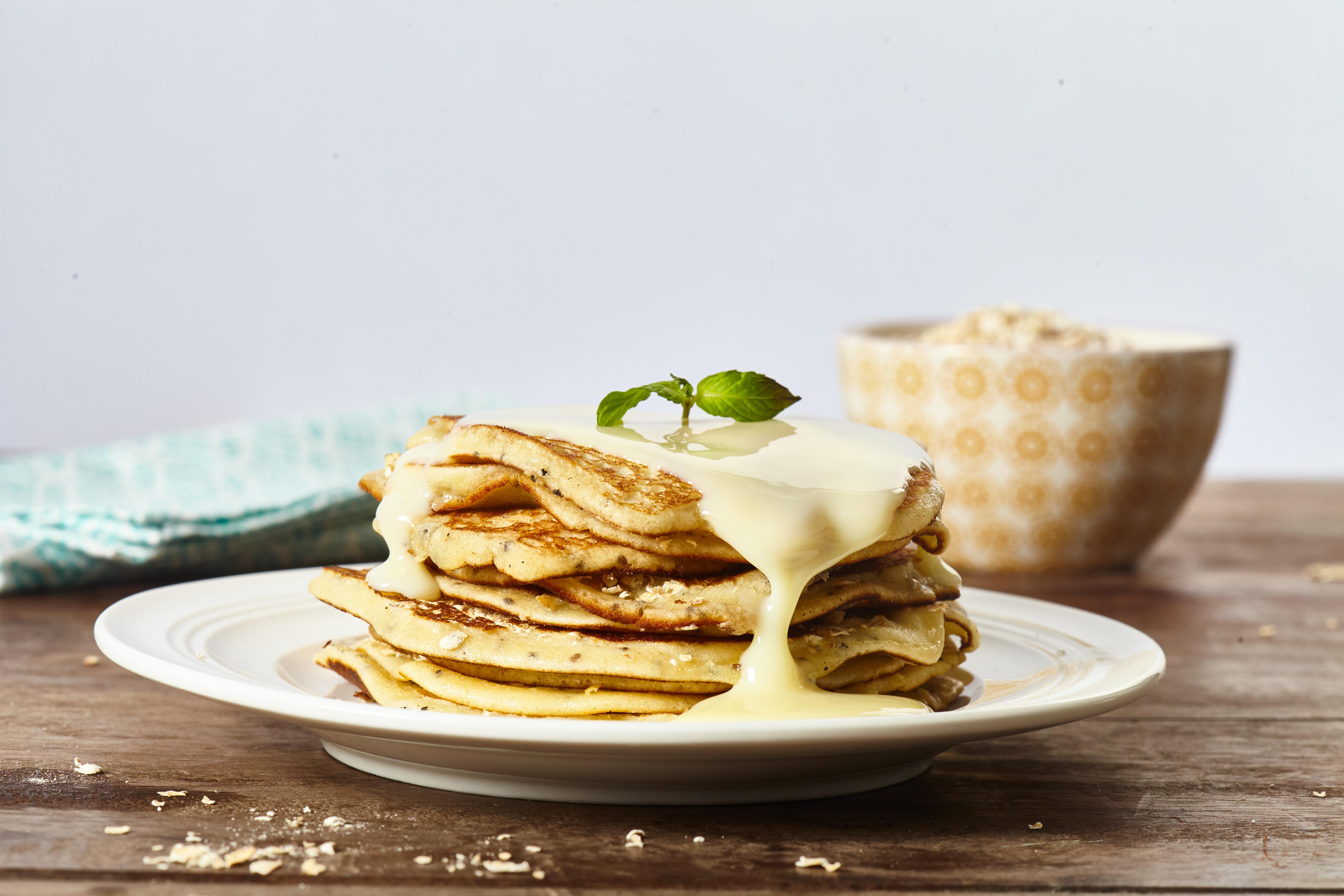 Pancakes con Chía y Avena Tostada