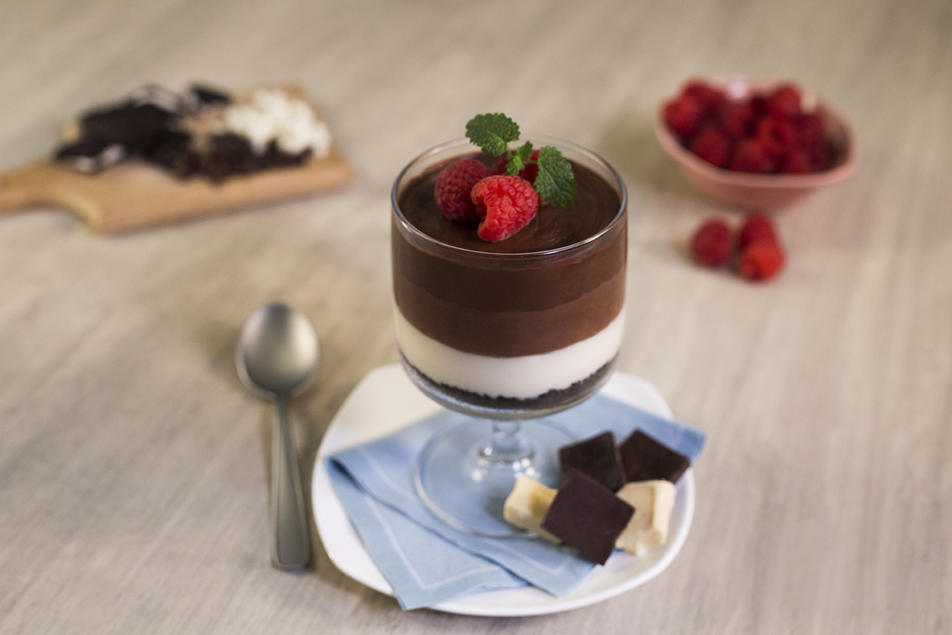 Mousse de tres chocolates