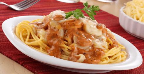 Spaghetti con atún