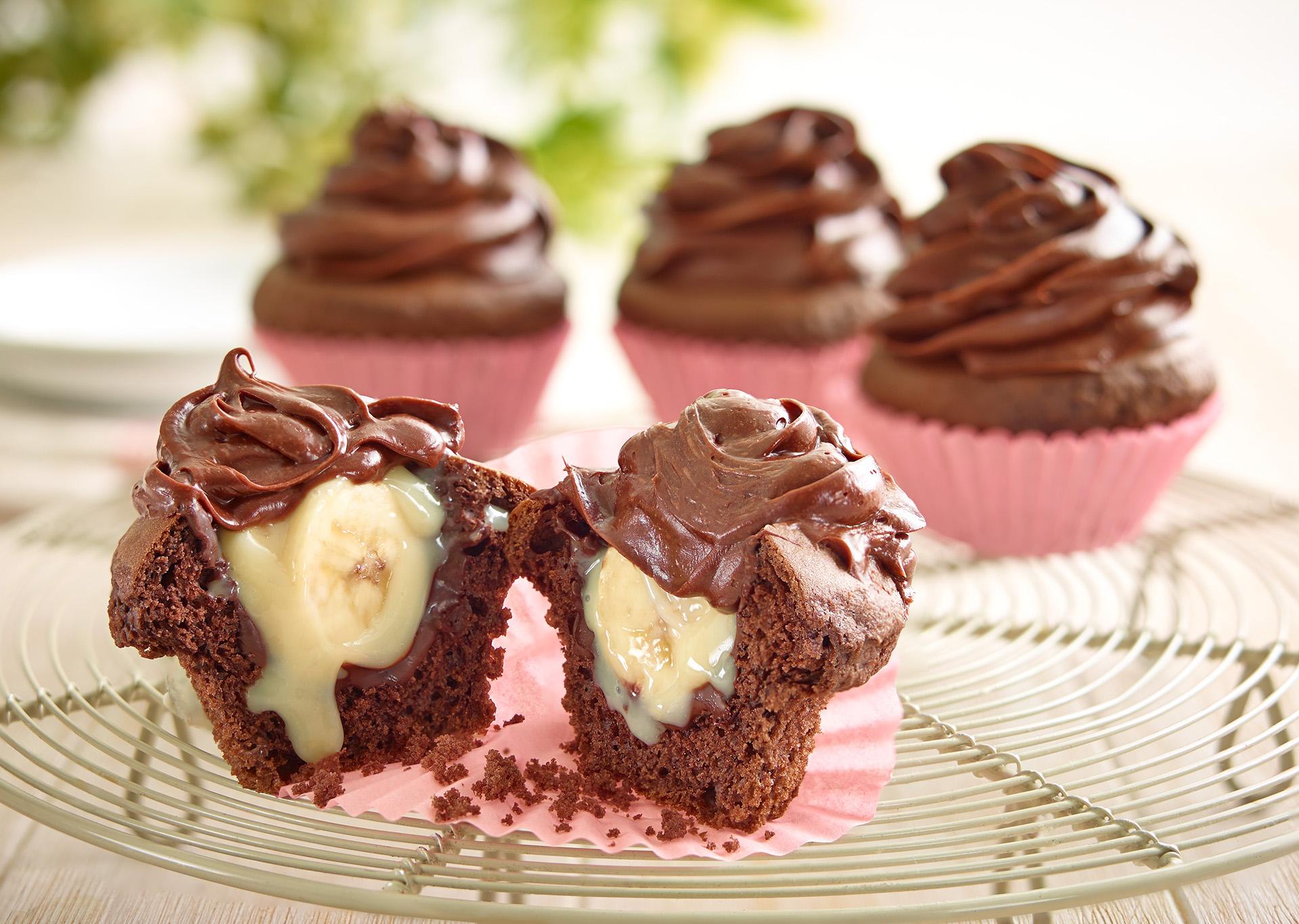 Cupcakes rellenos de lechera