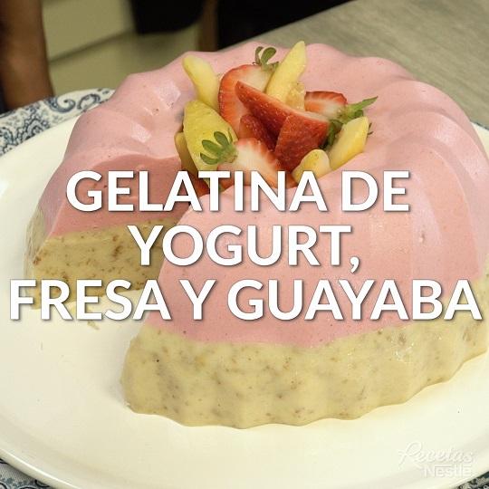 Gelatina de yogurt, fresa y guayaba