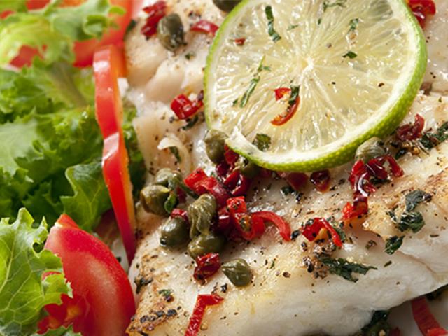 Filete de Pescado en Salsa de Limón y Alcaparras