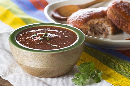 Salsa de chile guajillo y ancho