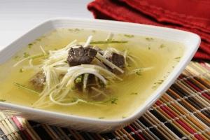 Sopa de Carne y Puerro