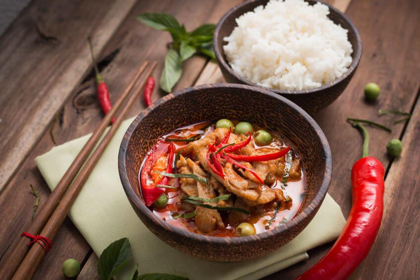 spicy thai seitan curry