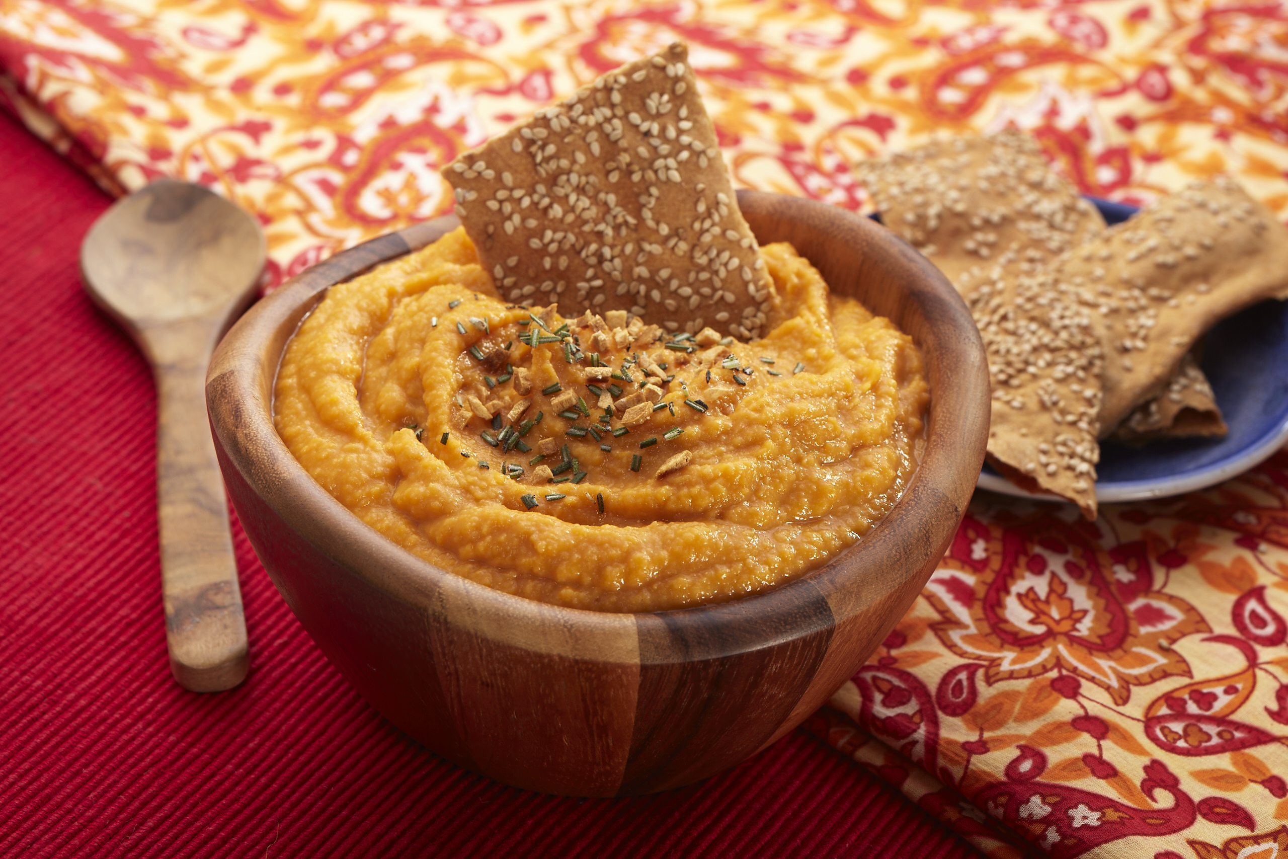 Roasted Garlic & Pumpkin Hummus