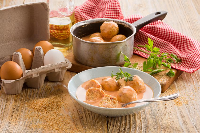 Albóndigas de pollo en salsa de chipotle Deslactosadas