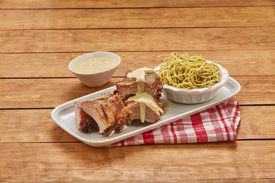 Costillas de cerdo en salsa de mostaza
