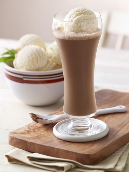 Chocolate frío con helado de vainilla