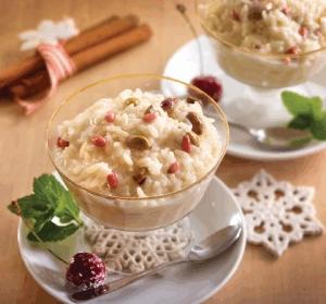Arroz con leche, piñones y pistaches