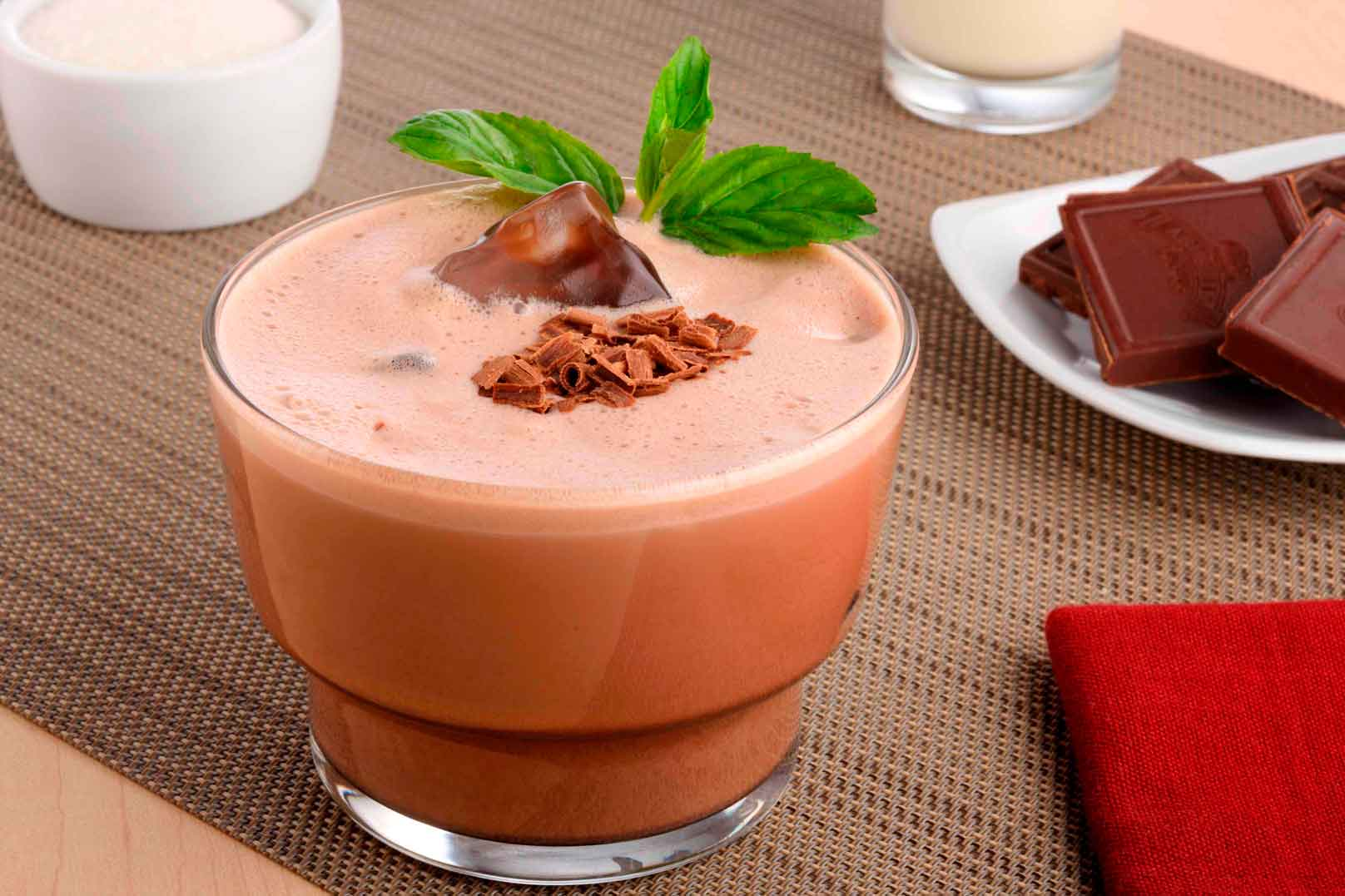 Bebida de chocolate y ron