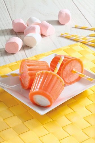 Paletas heladas de naranja y bombón