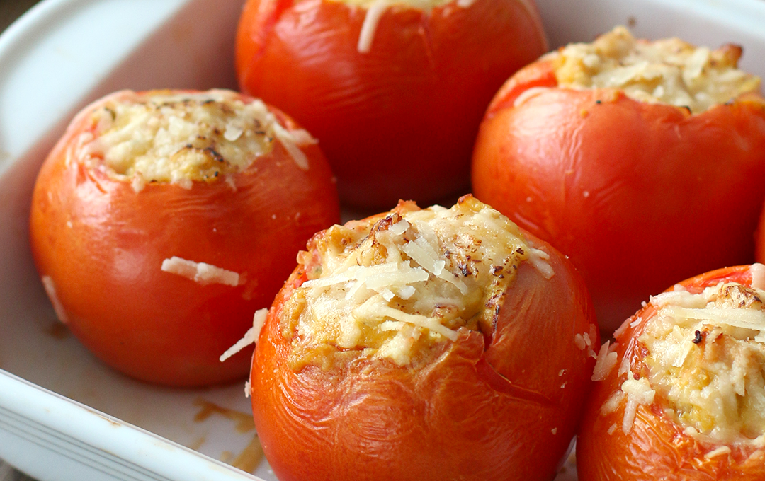 Tomates Rellenos de Pollo