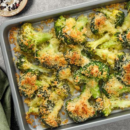 Brócoli tostado crujiente con parmesano