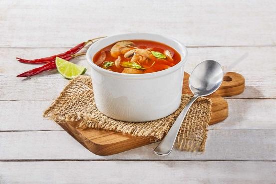 Sopa de champiñones a los tres chiles