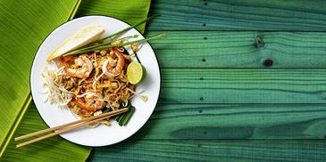 Noodles thailandezi cu creveti