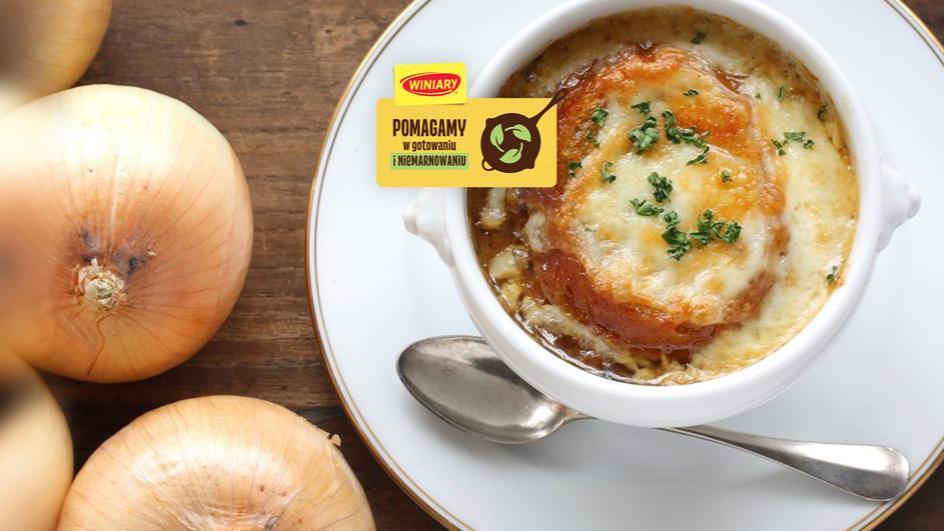 Zupa cebulowa zapiekana